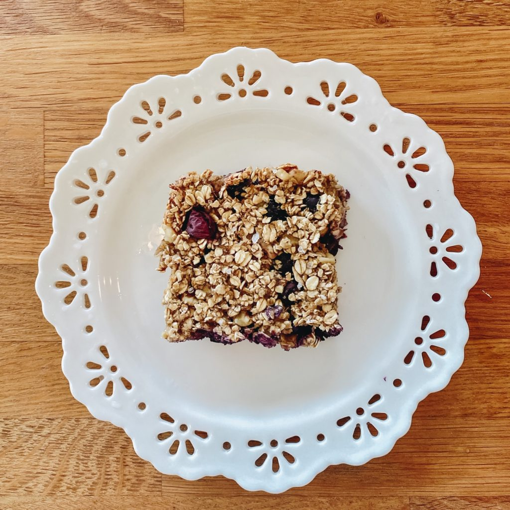 Banana Oatmeal Bar with Blueberries & Walnuts on dish, healthy holiday breakfasts